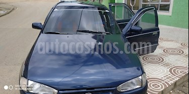 Foto venta Carro usado Hyundai Elantra GLS Full 1800 cc (1994) color Azul precio $7.500.000