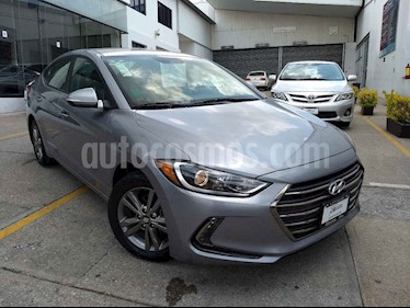 foto Hyundai Elantra GLS Premium Aut usado (2017) color Plata precio $203,000