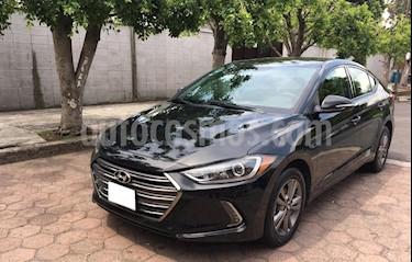 Hyundai Elantra GLS Premium Aut usado (2017) color Negro precio $219,500