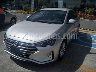 Foto venta Auto usado Hyundai Elantra GLS Premium (2019) color Plata precio $330,091