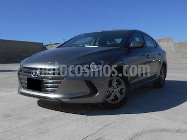 Foto venta Auto usado Hyundai Elantra GLS (2018) color Gris precio $260,000
