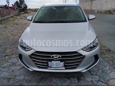 Foto venta Auto usado Hyundai Elantra GLS (2018) color Plata precio $245,000