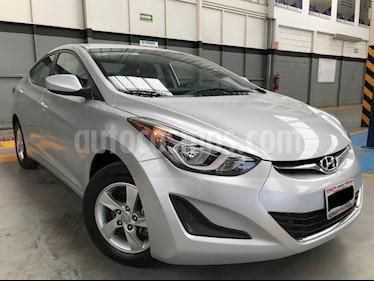 Foto venta Auto usado Hyundai Elantra GLS (2015) color Plata precio $175,000