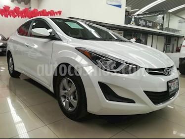 Foto venta Auto Seminuevo Hyundai Elantra GLS (2016) color Blanco precio $172,000