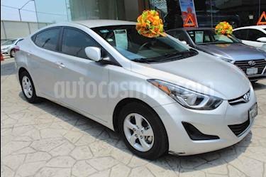 Foto venta Auto usado Hyundai Elantra GLS (2015) color Plata precio $155,000
