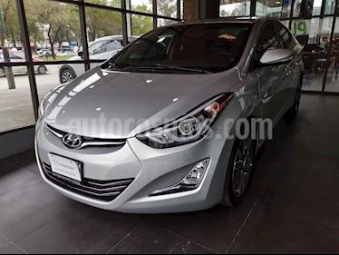 Foto Hyundai Elantra Limited Aut usado (2015) color Plata precio $220,000