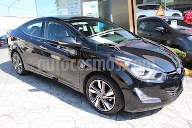 Foto venta Auto Seminuevo Hyundai Elantra Limited Aut (2015) color Negro precio $210,000