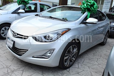 Foto venta Auto usado Hyundai Elantra Limited Tech Aut (2015) color Plata precio $210,000