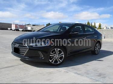 Foto venta Auto usado Hyundai Elantra Limited Tech Aut (2018) color Negro precio $268,000