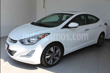 Foto Hyundai Elantra Limited Tech Aut usado (2015) color Blanco precio $189,000