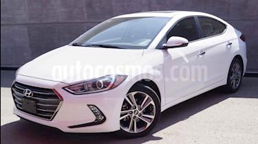Foto Hyundai Elantra Limited Tech Navi Aut usado (2018) color Blanco precio $308,000