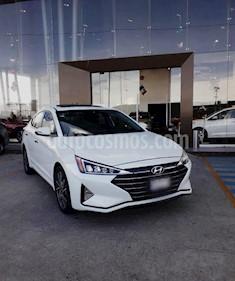 Foto venta Auto usado Hyundai Elantra Limited Tech Navi Aut (2019) color Blanco precio $345,000