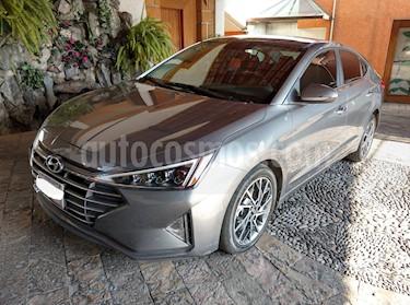 Hyundai Elantra Limited Tech Navi Aut usado (2019) color Gris precio $290,000