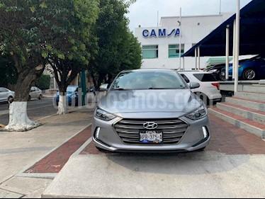 Foto venta Auto usado Hyundai Elantra Limited Tech Navi Aut (2017) color Plata precio $244,900