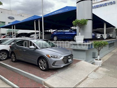 Foto venta Auto usado Hyundai Elantra Limited Tech Navi Aut (2017) color Naranja precio $244,704