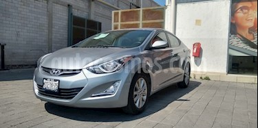 Hyundai Elantra GLS Premium usado (2015) color Gris precio $180,000