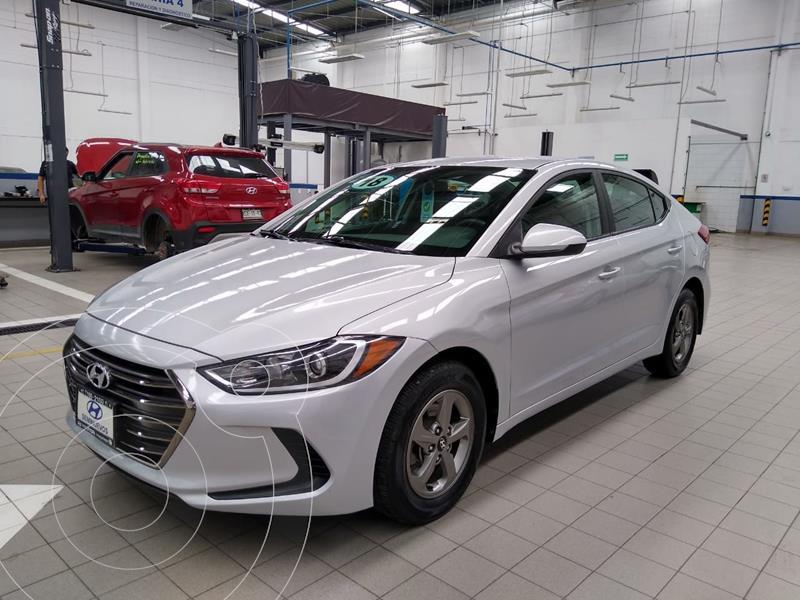 Foto Hyundai Elantra GLS usado (2018) color Plata Dorado precio $215,000