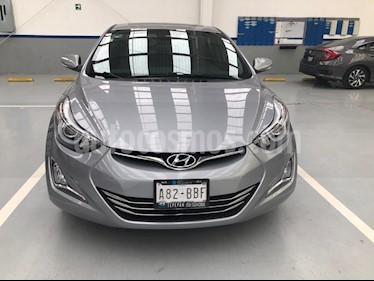 Hyundai Elantra Limited Aut usado (2015) color Gris precio $175,000