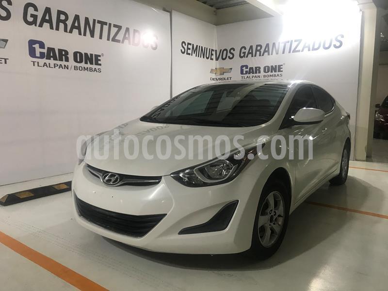 Hyundai Elantra GLS Aut usado (2015) color Blanco precio $145,000