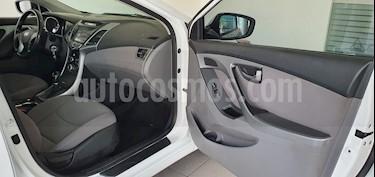 Hyundai Elantra GLS Premium Aut usado (2016) color Blanco precio $209,000