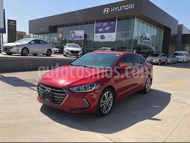 Hyundai Elantra 4p Limited Tech Navi L4/2.0 Aut usado (2018) color Rojo precio $249,000