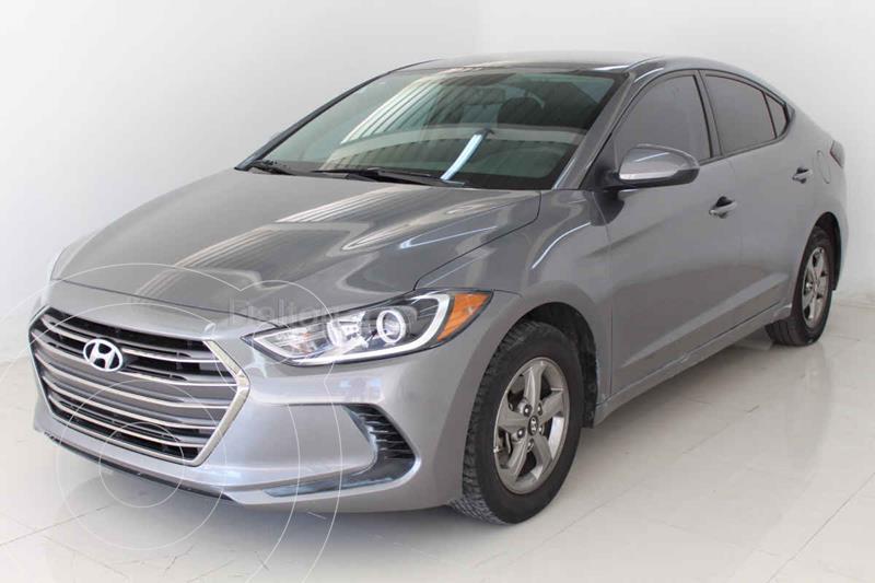 Foto Hyundai Elantra GLS usado (2018) color Negro precio $195,000