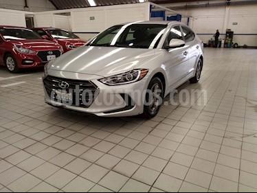 Hyundai Elantra GLS Aut usado (2017) color Plata precio $194,500