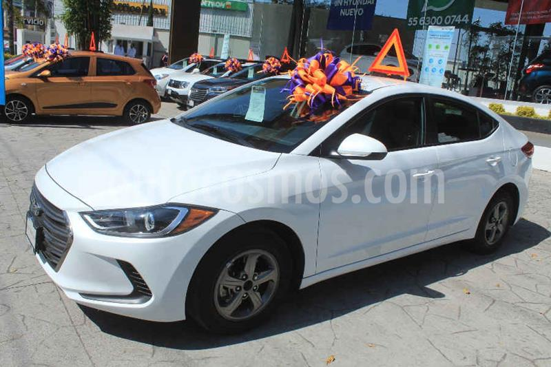 Hyundai Elantra GLS usado (2017) color Blanco precio $189,000
