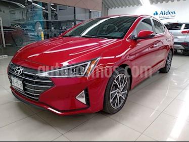 Hyundai Elantra 4p Limited Tech Navi L4/2.0 Aut usado (2019) color Rojo precio $348,000