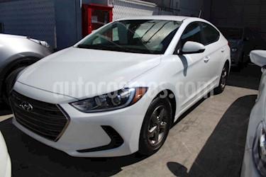 Hyundai Elantra 4p GLS L4/2.0 Aut usado (2018) color Blanco precio $254,000