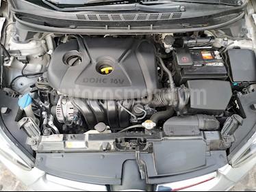 Hyundai Elantra GLS usado (2015) color Gris precio $165,000