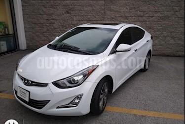 Hyundai Elantra 4P LIMITED TECH TA A/AC. AUT. PIEL CAMARA DE REVE usado (2015) color Blanco precio $199,000