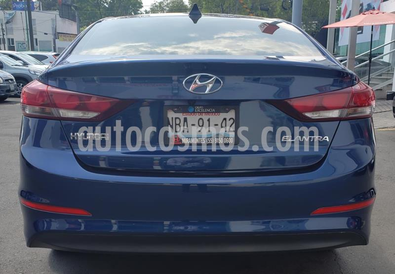 foto Hyundai Elantra GLS Premium Aut usado (2017) color Azul precio $215,000