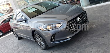Hyundai Elantra GLS Aut usado (2017) color Gris precio $269,000
