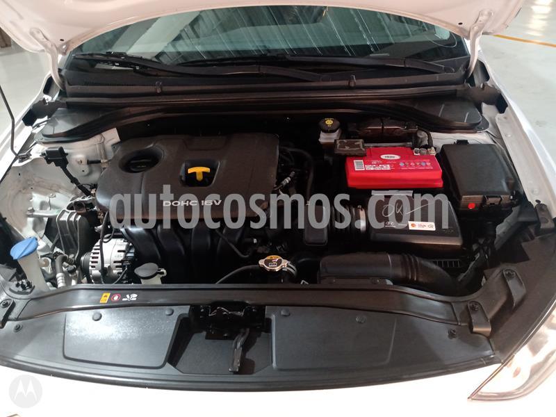 Hyundai Elantra GLS Aut usado (2018) color Blanco precio $235,000