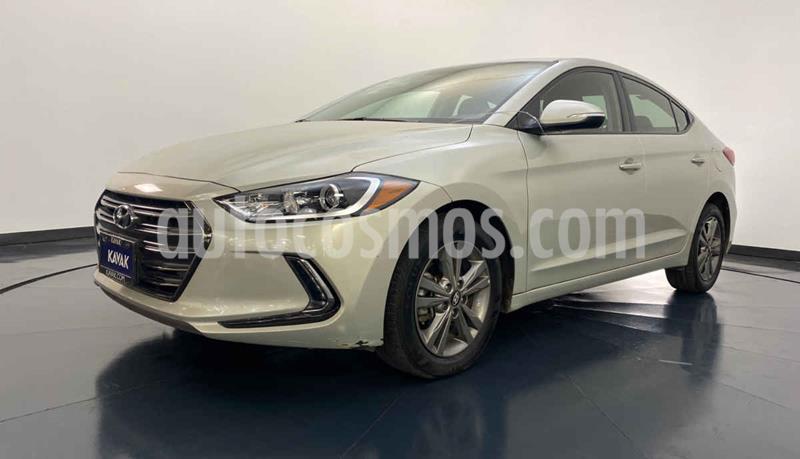 Hyundai Elantra GLS Premium Aut usado (2017) color Beige precio $217,999