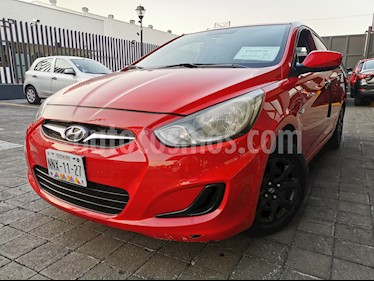 Hyundai Elantra GLS usado (2013) color Rojo precio $105,000