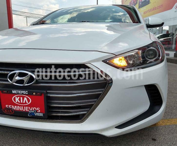 Hyundai Elantra GLS usado (2017) color Blanco precio $194,900