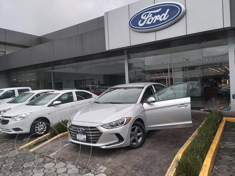 Foto Hyundai Elantra GLS Aut usado (2018) color Plata precio $228,001