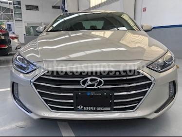 Hyundai Elantra GLS Premium usado (2017) color Bronce precio $209,000