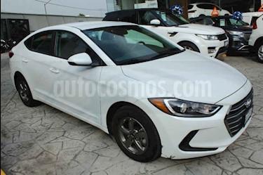 Hyundai Elantra GLS usado (2018) color Blanco precio $245,000