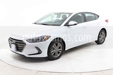 Hyundai Elantra 4p GLS Premium L4/2.0 Aut usado (2018) color Blanco precio $249,000