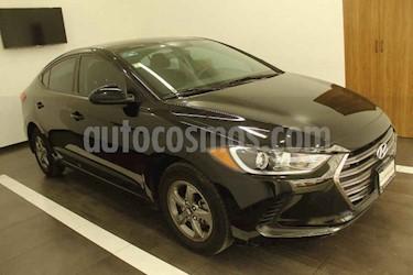 Hyundai Elantra GLS Aut usado (2017) color Negro precio $195,000
