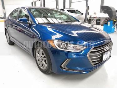 Hyundai Elantra 4P GLS PREMIUM 2.0L TA A/AC. F. LED RA-16 usado (2018) color Azul Marino precio $244,000