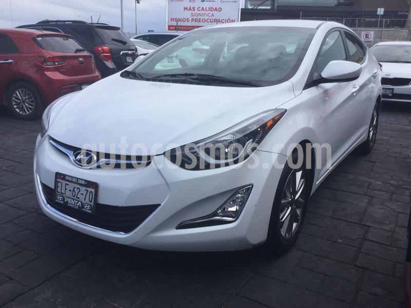 Hyundai Elantra GLS Premium Aut usado (2015) color Blanco precio $178,000
