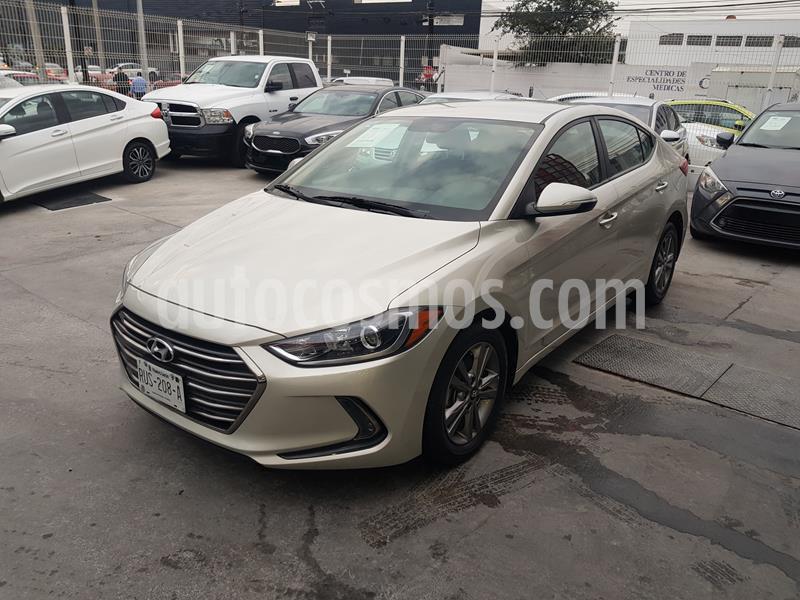 Foto Hyundai Elantra GLS Premium usado (2018) color Bronce precio $250,000