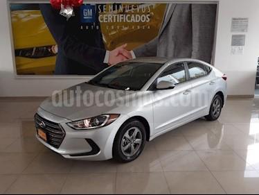 Hyundai Elantra 4P GLS L4/2.0 AUT usado (2017) color Plata precio $217,900
