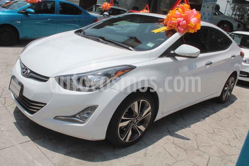 Hyundai Elantra Limited Tech Aut usado (2015) color Blanco precio $195,000