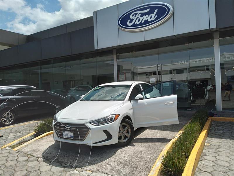 Foto Hyundai Elantra GLS Aut usado (2018) color Blanco precio $228,002