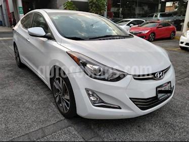 Hyundai Elantra 4P LIMITED TECH TA A/AC. AUT. PIEL CAMARA DE REVE usado (2015) color Blanco precio $179,000